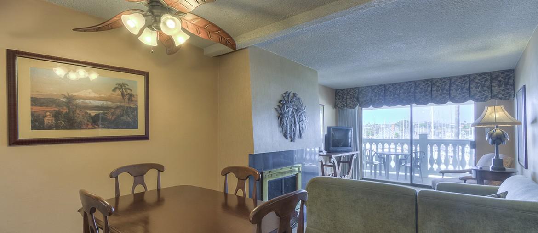 Deluxe One Bedroom Suite ADA
